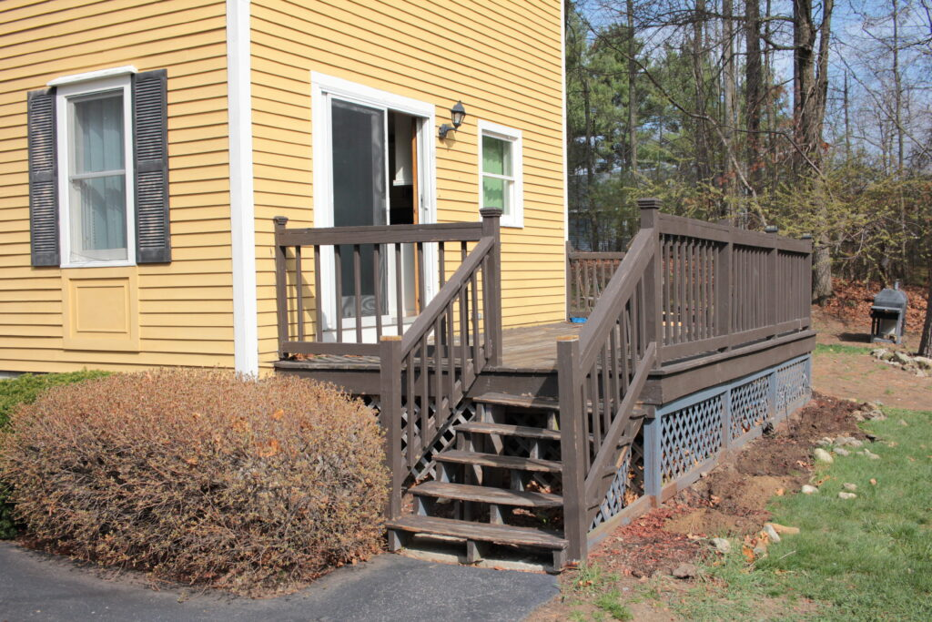 Baird Home Solutions - before new deck and landscaping